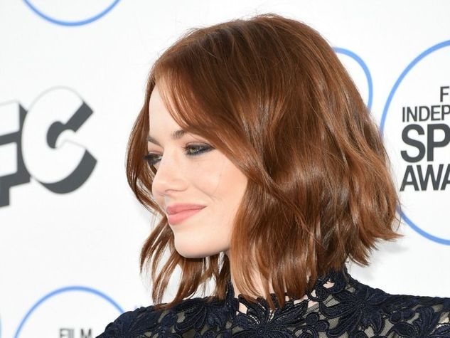 Emma Stone, beach waves Hair style [emma-stone_o_su_horizontal_fixed]