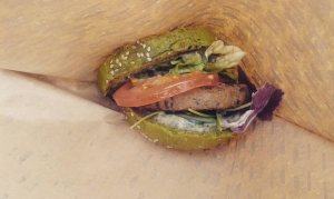 Burger verde alle alghe // The Dutch Weed Burger (Padiglione Olanda)